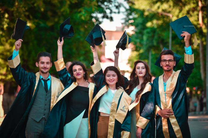 International Scholarships for Pakistani Students (2018)